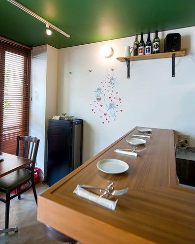 自然派ワインとジビエのイタリア食堂 diritto  店内の画像