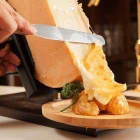 ラクレットチーズ料理