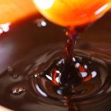 【醤油もこだわる】 100年の歴史のはさめず醤油を使用!