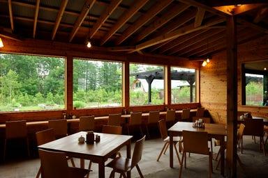 十勝千年の森 ガーデンカフェ ラウラウ  店内の画像