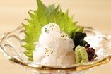 富山の海の酒との相性抜群!富山名物「白海老のお造り」