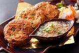 トード マンプラーガライ<魚のさつま揚げ 特製ピクルスソース添え>
