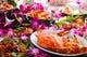 タイ東北地方の伝統的料理、イサーンボラーンを提供します。