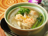 空芯菜と海老真薯のスープ