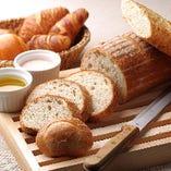 【OTHERS】バリエーション豊かなパン トースターやディップも