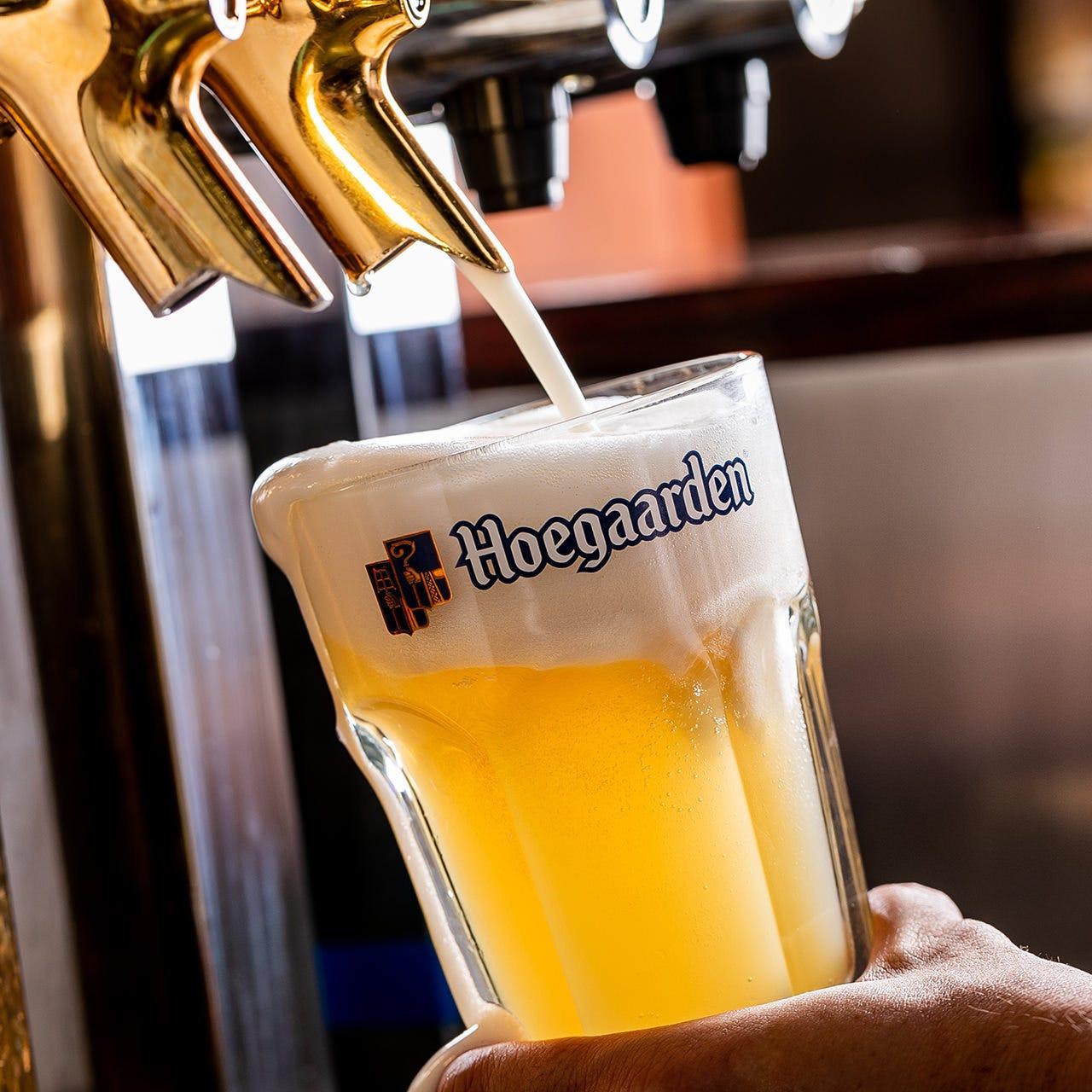 フルーティな味わいが人気の「ヒューガルデン ホワイトビール」