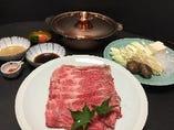 福島牛を使ったしゃぶしゃぶ・関西風すき焼きもお勧めです。