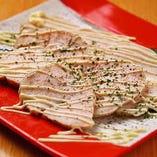 大山鶏 胸肉の自家製ハム マヨ