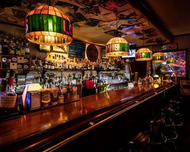 Bar Louis  店内の画像
