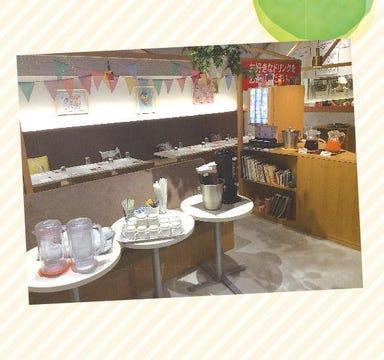 カフェ風車 ジ アウトレット広島店  店内の画像