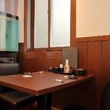 テーブル席(~2名様×6卓)
