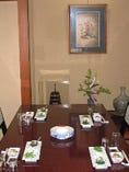 テーブル個室百合の間