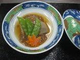 ミニ懐石コースのお煮物