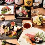 選り抜きの鮮魚や活魚を、趣き深く彩りよく盛り込むコース料理