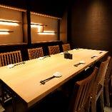 接待やお顔合わせには、日本の美意識漂う優雅な個室がおすすめ