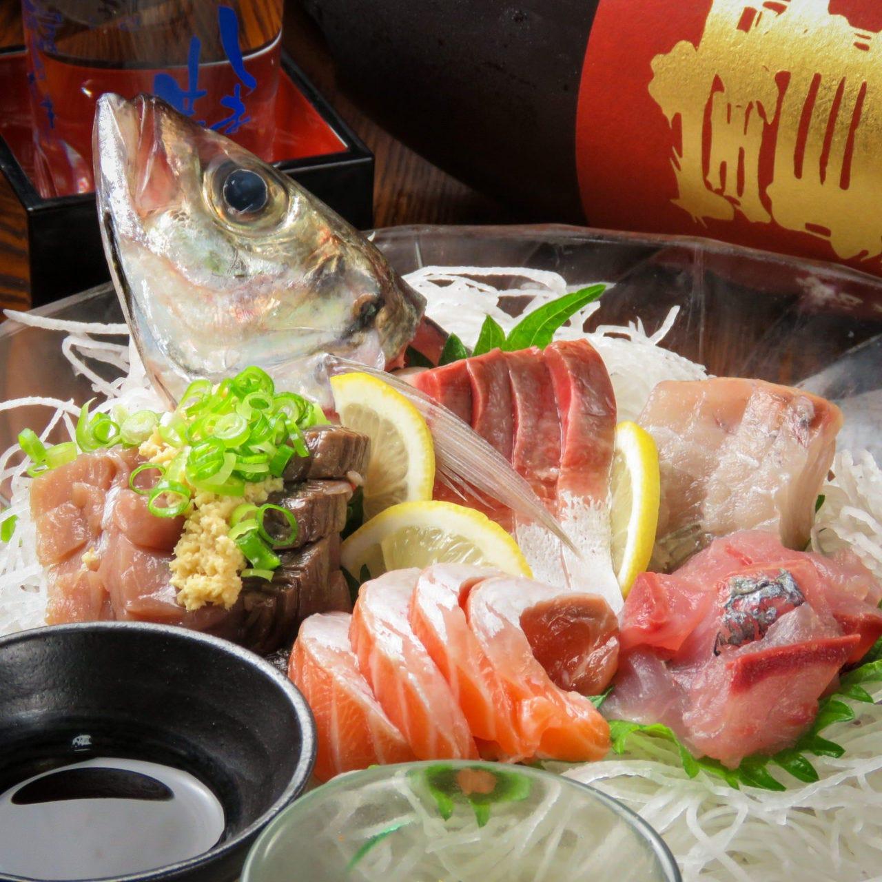新鮮な瀬戸内の鮮魚と日本酒●