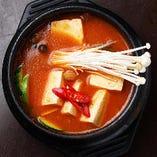 キムチ豆腐チゲ