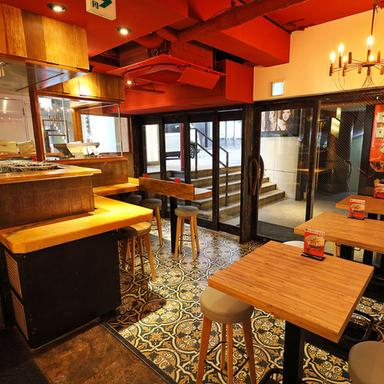 しゃぶしゃぶ 食べ放題 牛羊酒場 六本木店 店内の画像