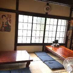 一軒家居酒屋 横浜骨付き鶏 まる金