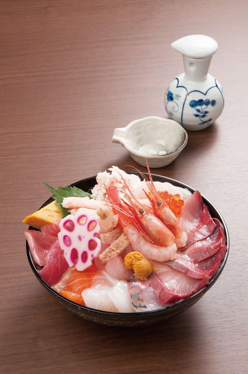 海鮮えにし丼 地物をふんだんに使い一皿で金澤を味わえる丼!!