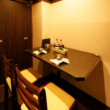 個室肉バルデリバリー 華笠‐hanagasa‐ 店内の画像