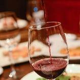 料理と相性抜群なワインが多数ございます。