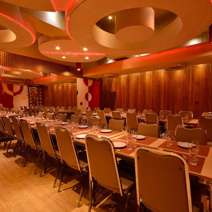テーブル席・完全個室(壁・扉あり)・25名様~32名様