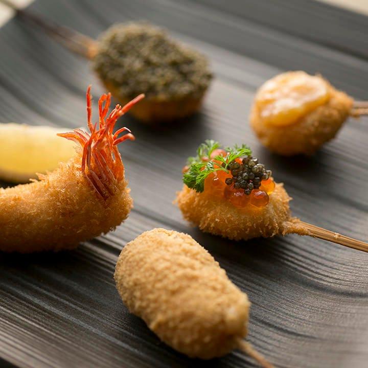 ストーリー性を意識したコース料理は多彩な味わいを愉しめます