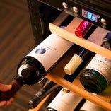厳格に温度管理されたワインセラーいつでもおいしくたのしめます