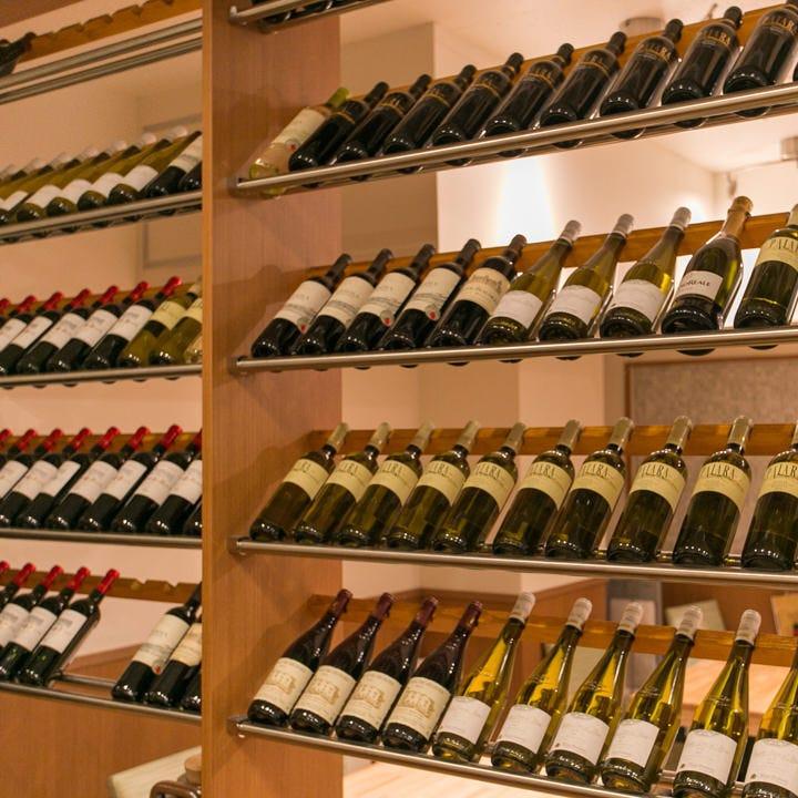 中華と調和する厳選ワイン約20種
