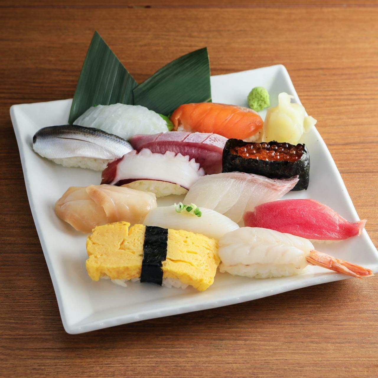 お得な握り寿司セット♪