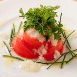 島トマトの香草サラダ玉葱ドレッシング