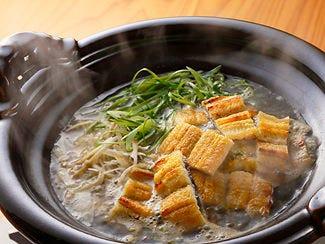 青唐辛子と山椒の発汗薬膳うなぎ鍋