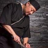 肉問屋を営むオーナーが新鮮な牛肉料理を提供。