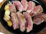【珍!マグロホホ肉ステーキ】当店人気NO1 お薦めです。