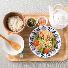 こめらく たっぷり野菜とお茶漬けと。 渋谷ヒカリエ店