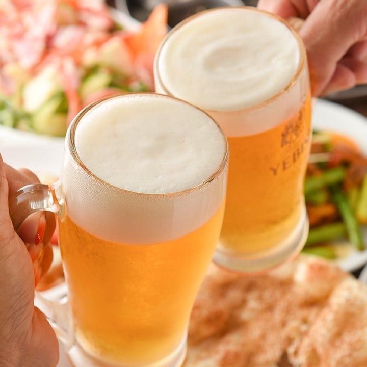 食べ飲み放題コースのドリンクメニューは生ビール、ラッシーなど