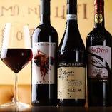 ハウスワインも充実!赤・白、常時、約10種類!