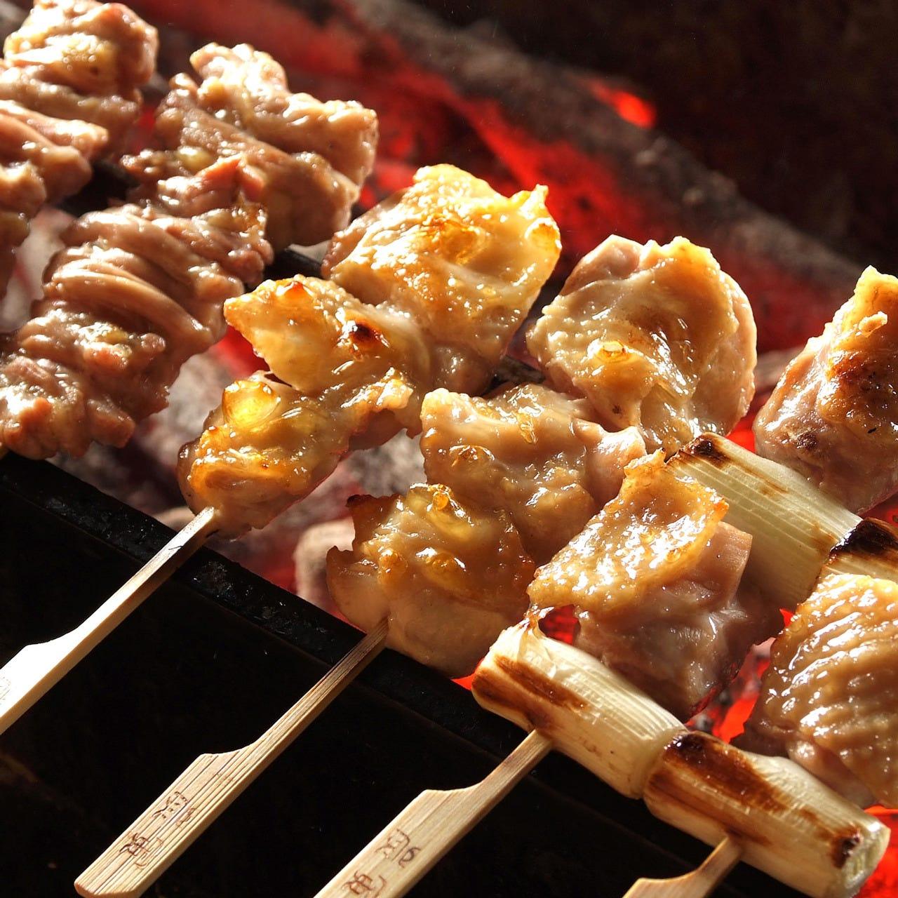 北部九州産、生産者直送の新鮮な「みつせ鶏」を使用。