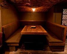 【席のみご予約】女子会や少人数宴会・接待等におすすめ!落ち着いたテーブル席・広々テーブルボックス席