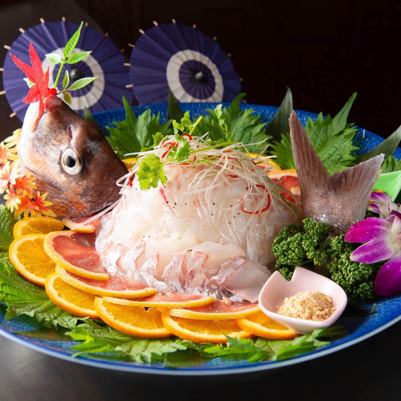 中華料理店で鮮度抜群の魚介をご堪能