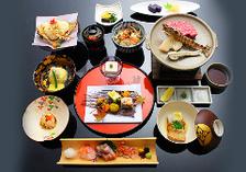 【陶板会席】名物!陶板焼を含む旬の食材を愉しめる本格会席!全12品13,200円(税込)