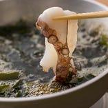 【もずくたこしゃぶ】 鰹と昆布の出汁にくぐらせてさっぱりと◎