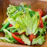 野菜にもこだわり有り「グリーンサラダ」