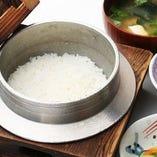 【つや姫】 お米は山形県産のつや姫を使用しております。
