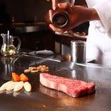 お肉を堪能するならこちらがおすすめ ステーキとお野菜のコース