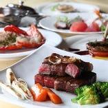 活きアワビやオマール海老、黒毛和牛など 豪華食材を堪能いただけるスペシャルコース