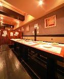 最大30名様までのテーブル空間  個室空間ともいえるテーブル席 です!