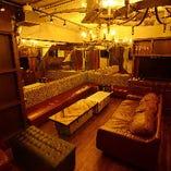 カラオケもご利用可能な完全個室で賑やかパーティー!(15〜20名様)