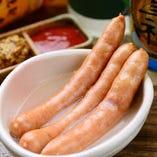 牛神ソーセージ茹でてもおいしく焼いてもおいしいです。